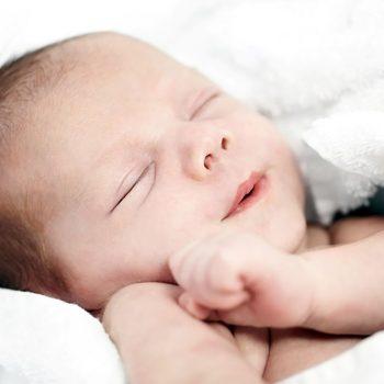 Como cuidar dos bebês prematuros em casa